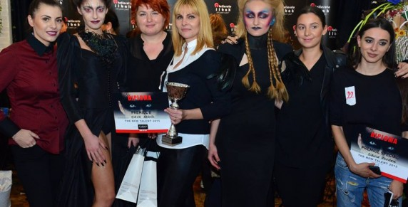 Elena Arghir si Bianca Florea, absolvente Cursuri Machiaj by Atelierele ILBAH: