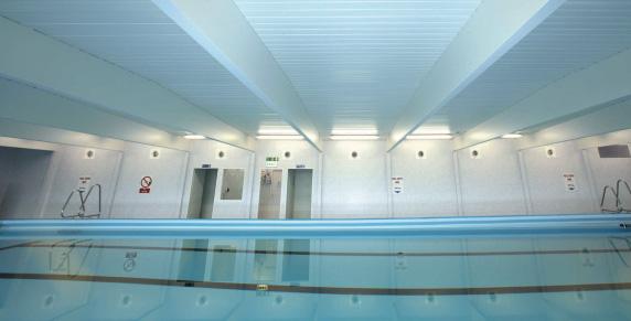 Soluţii de igienizare şi de acoperire specifice saloanelor şi centrelor SPA